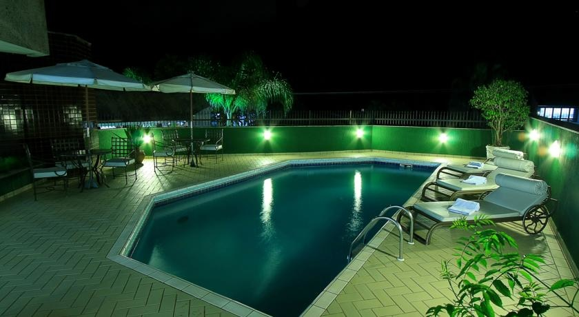 Flat de 1 dormitório à venda em América, Joinville - SC