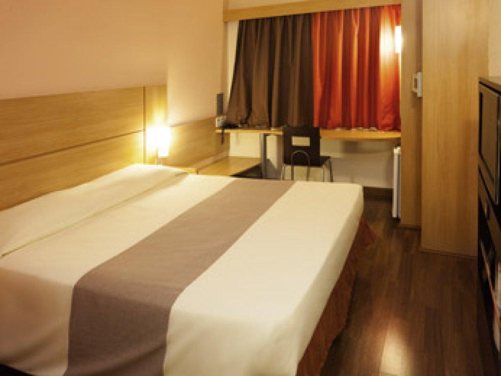 Flat de 1 dormitório em Centro, Jaboticabal - SP