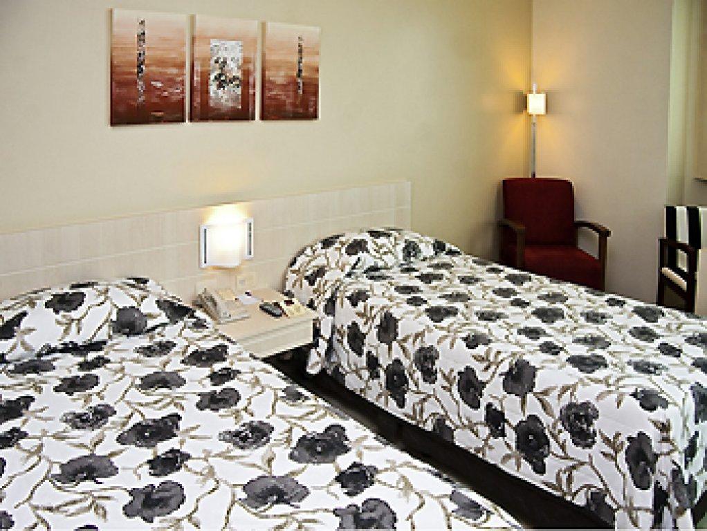 Flat de 1 dormitório em Cavaleiros, Macaé - RJ
