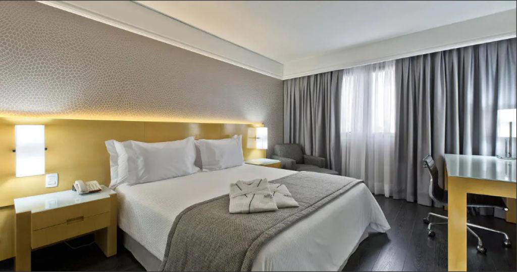 Flat de 1 dormitório em Cambuí, Campinas - SP