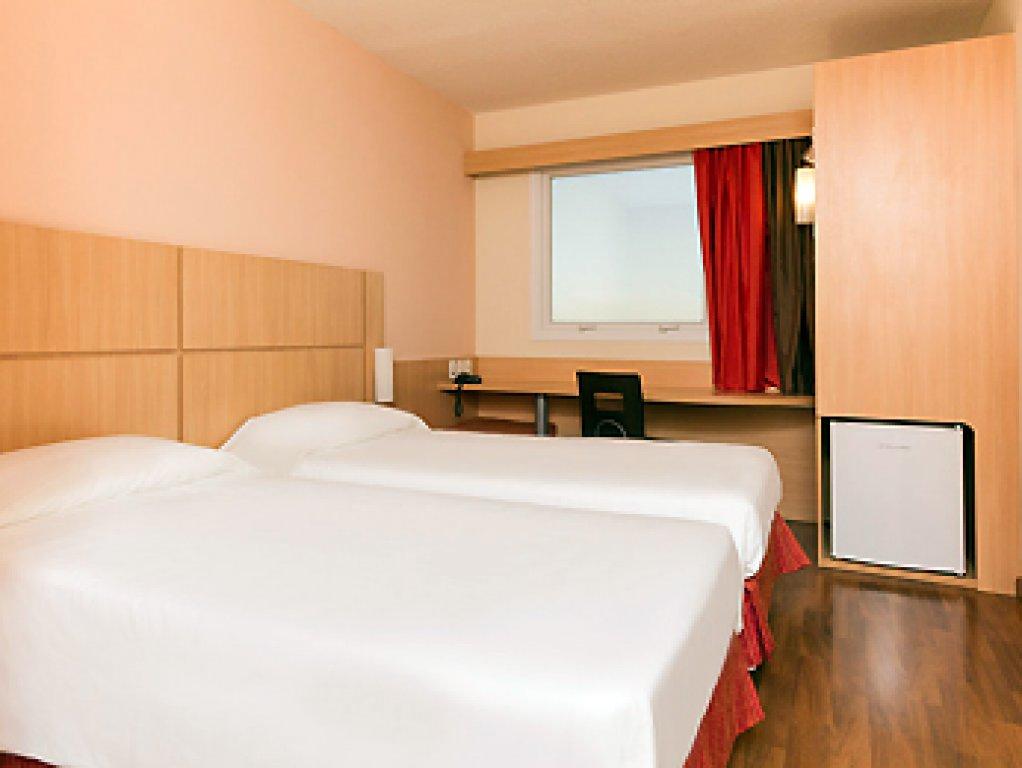 Flat de 1 dormitório à venda em Centro, Itaboraí - RJ