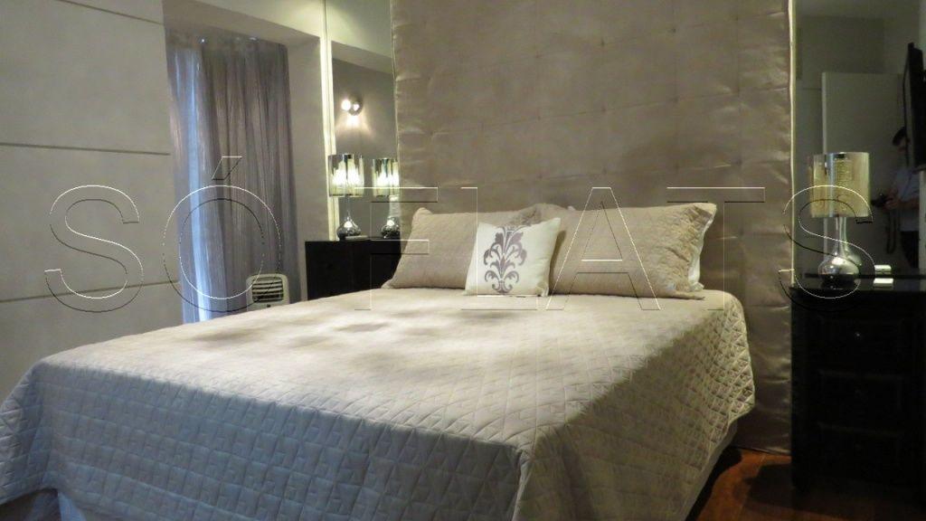 Flat de 3 dormitórios à venda em Moema, São Paulo - SP