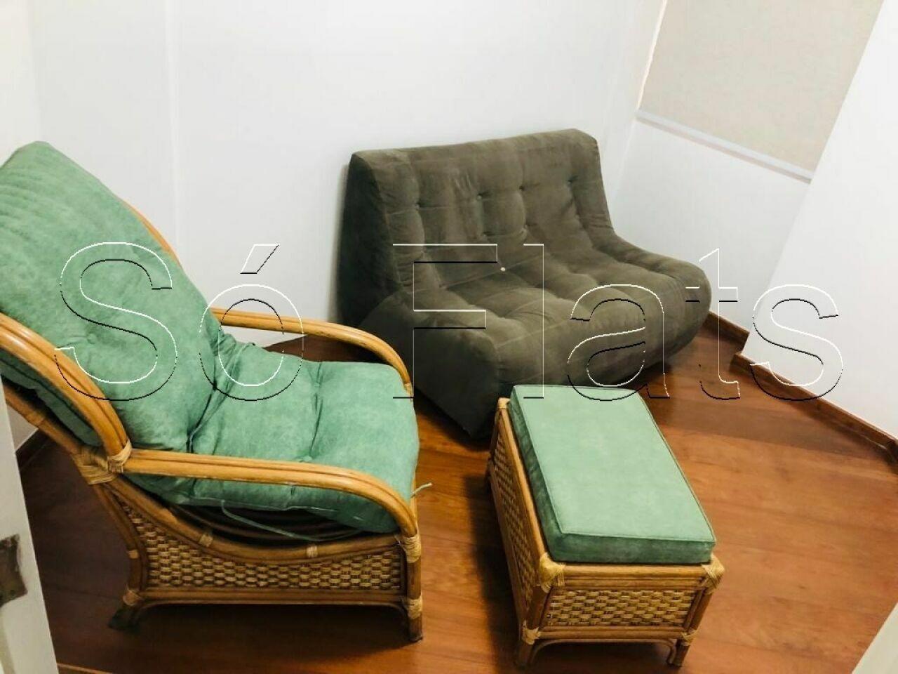 Flat de 4 dormitórios em Moema, São Paulo - SP