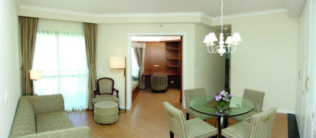 Flat de 3 dormitórios à venda em Vila Nova Conceição, São Paulo - SP