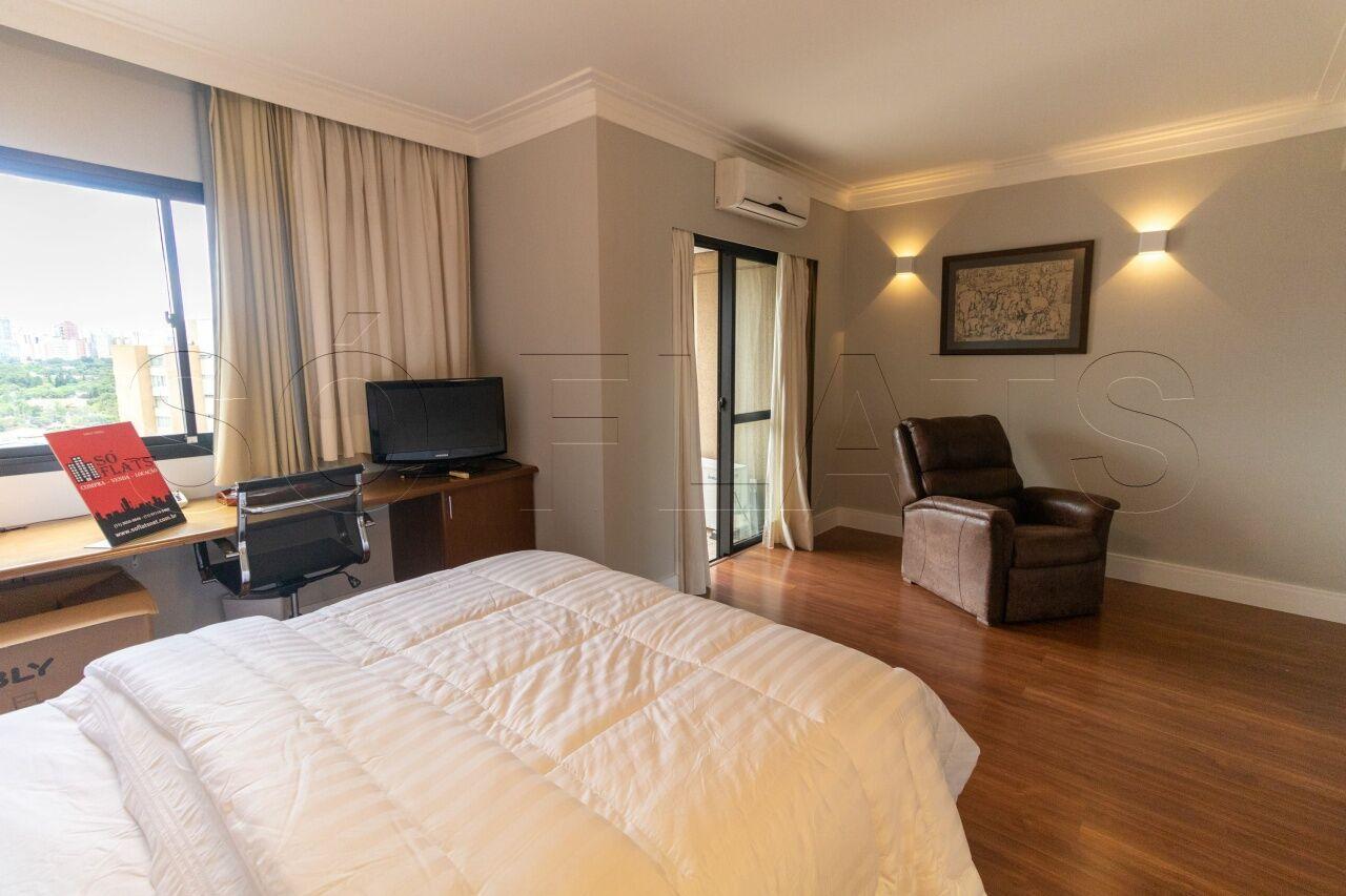 Flat de 2 dormitórios à venda em Jardim Europa, São Paulo - SP