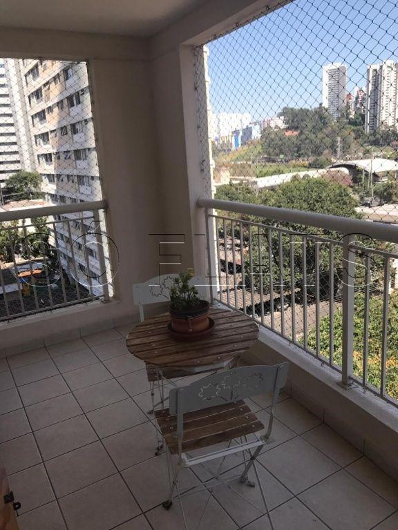 Flat de 2 dormitórios em Brooklin Novo, São Paulo - SP