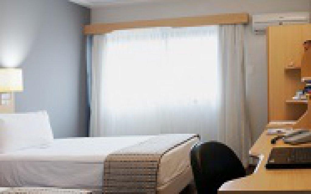 Flat de 1 dormitório em Vila Mariana, São Paulo - SP
