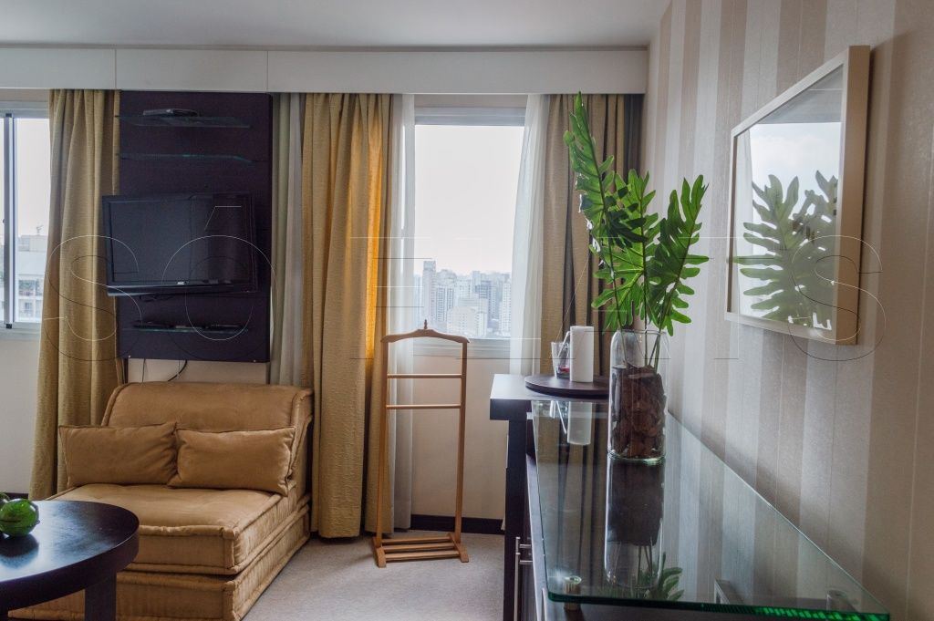 Flat de 2 dormitórios em Vila Olímpia, São Paulo - SP