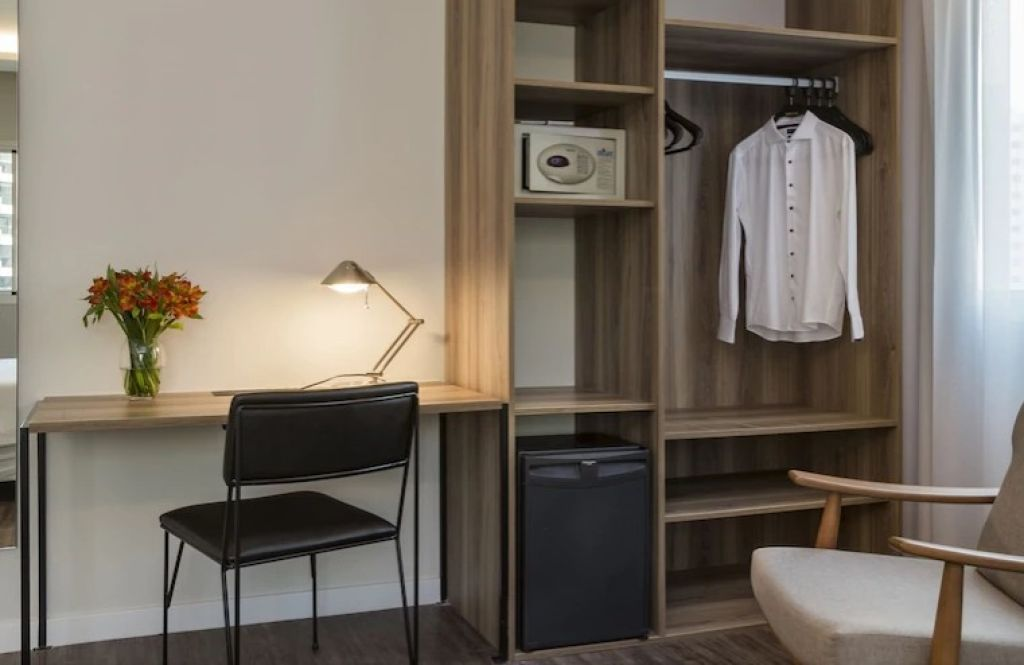 Flat de 1 dormitório em Moema, São Paulo - SP