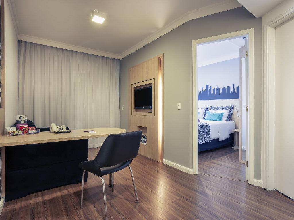 Flat de 1 dormitório em Pinheiros, São Paulo - SP