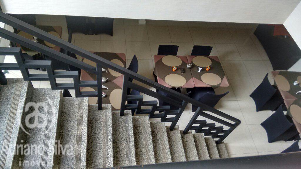 Flat Padrão à venda/aluguel, Campo Belo, São Paulo