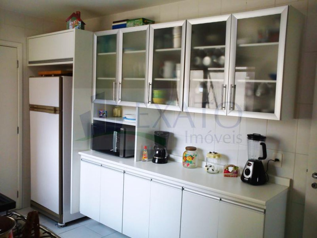 Apartamento de 4 dormitórios à venda em Moema, São Paulo - SP