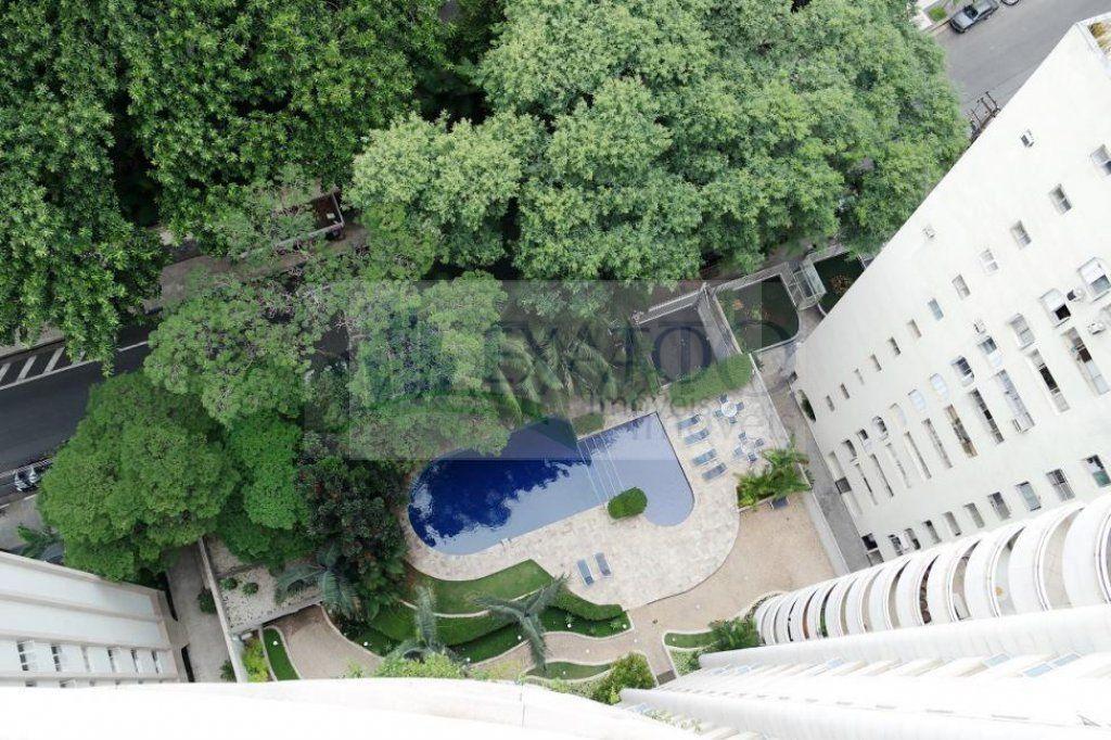 Cobertura de 6 dormitórios em Jardim América, São Paulo - SP