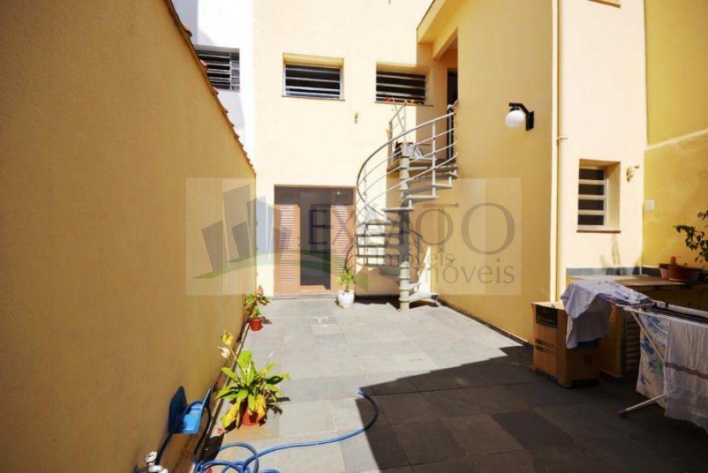Casa de 4 dormitórios em Pompéia, São Paulo - SP
