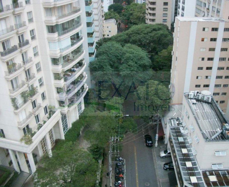 Cobertura de 3 dormitórios em Jardim América, São Paulo - SP