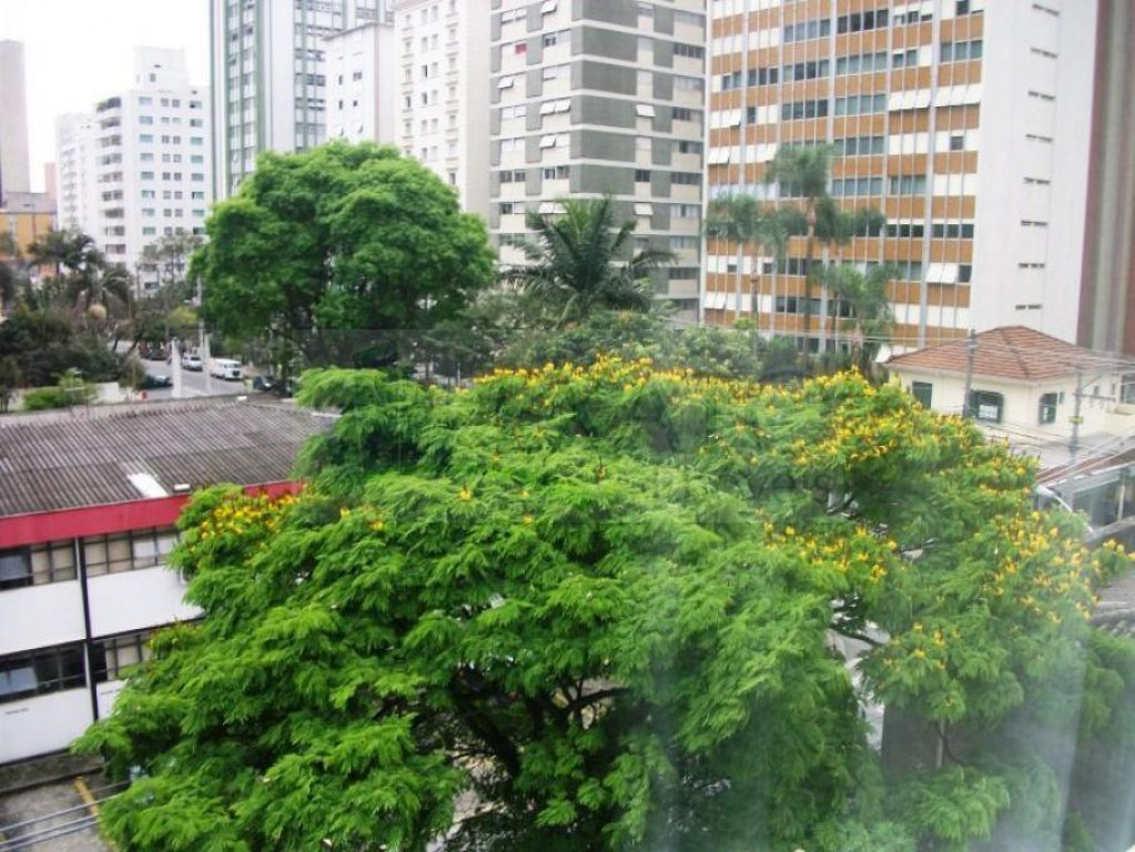 Apartamento de 2 dormitórios à venda em Itaim Bibi, São Paulo - SP