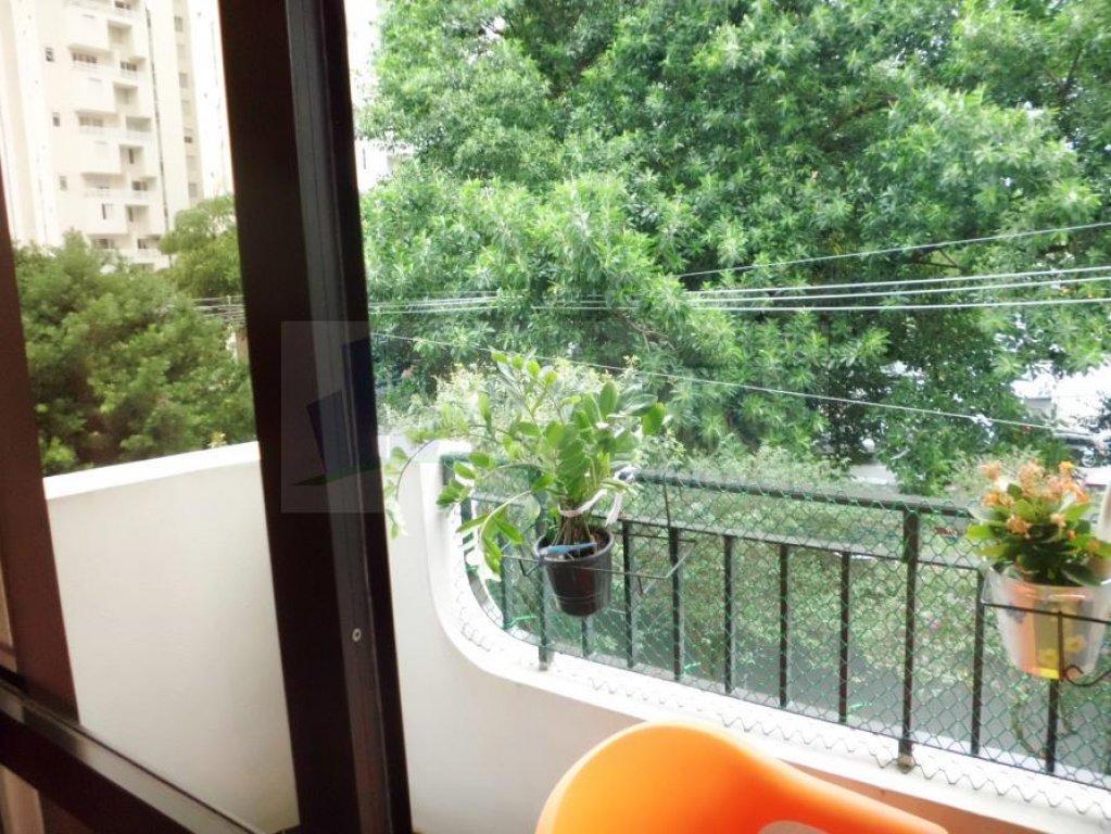 Apartamento de 3 dormitórios à venda em Moema, São Paulo - SP