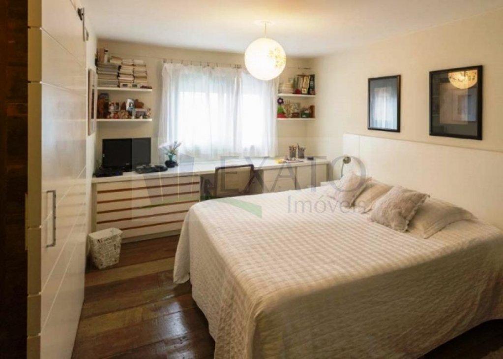 Cobertura Duplex de 3 dormitórios à venda em Vila Olímpia, São Paulo - SP