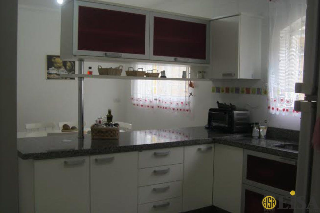 Casa De Condomãnio de 3 dormitórios à venda em Horto Florestal, Sã?o Paulo - SP