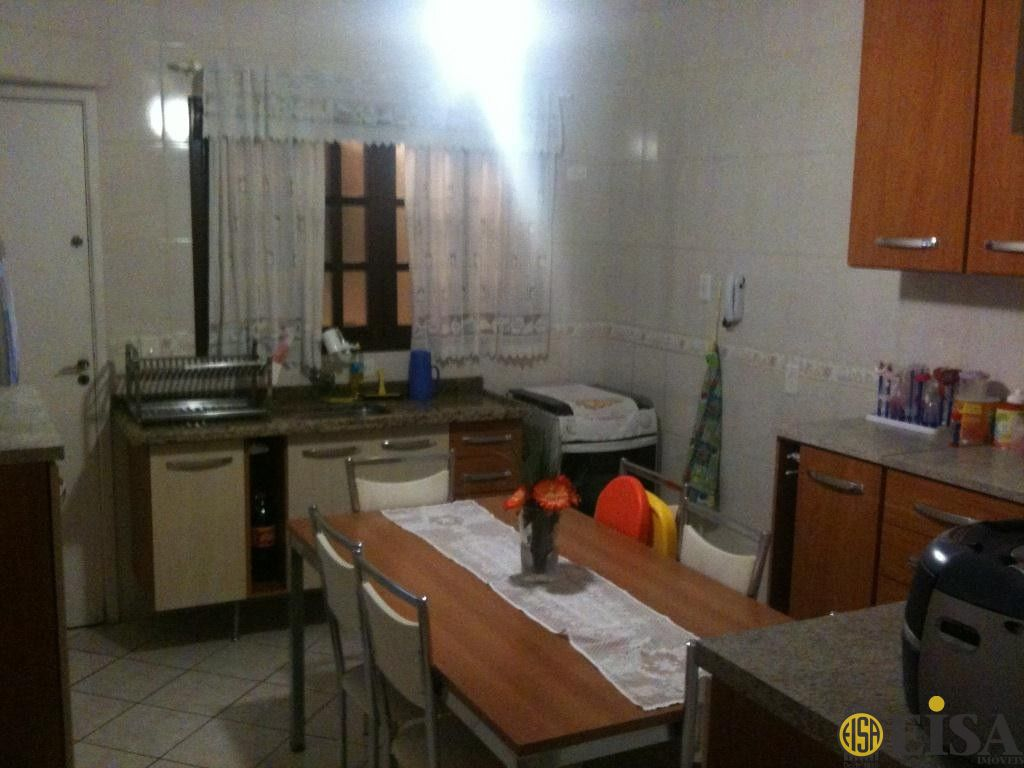Casa De Condomãnio de 3 dormitórios à venda em Vila Paiva, Sã?o Paulo - SP