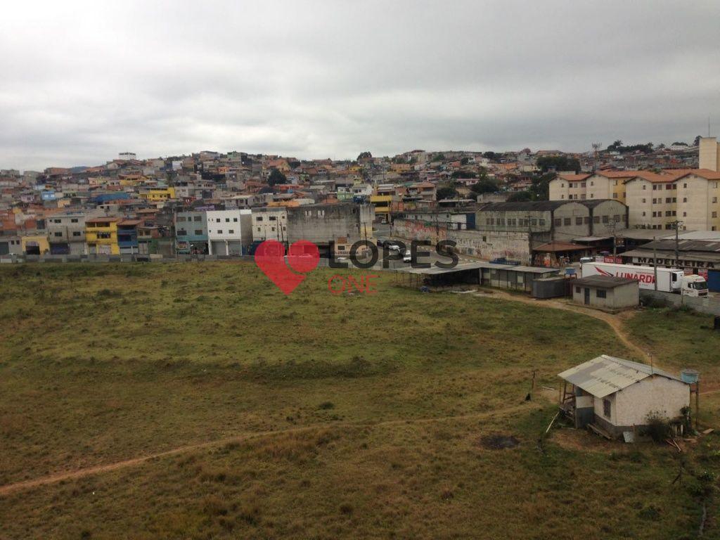 Terreno de 15000 metros, junto ao Aeroporto de Cumbica - Guarulhos - SP