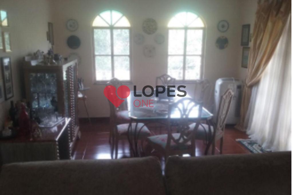 Linda casa à venda em condomínio fechado na Serra da Cantareira, com 5 dormitórios