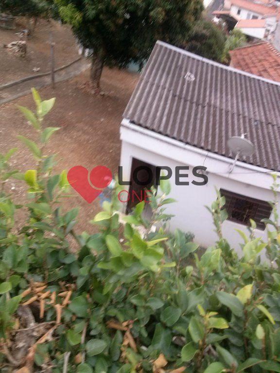 Imovel na Parada Pinto com 500m² de terreno, 3 casas e dois comercios