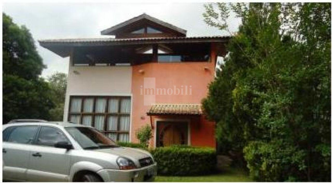 Casa Assobradada para Venda - Colinas De São Fernando