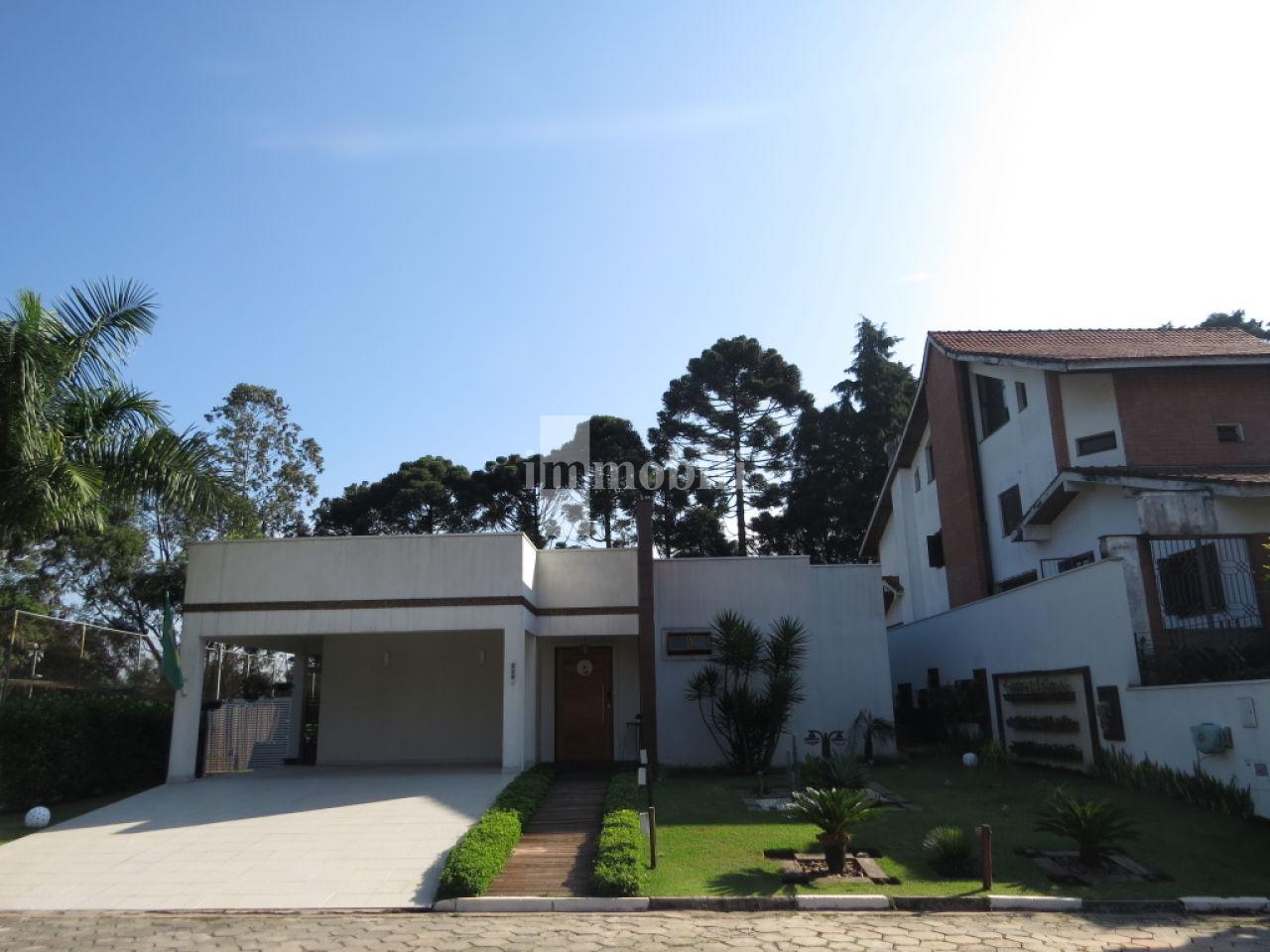 Casa Em Condomínio para Venda - Viana Ville