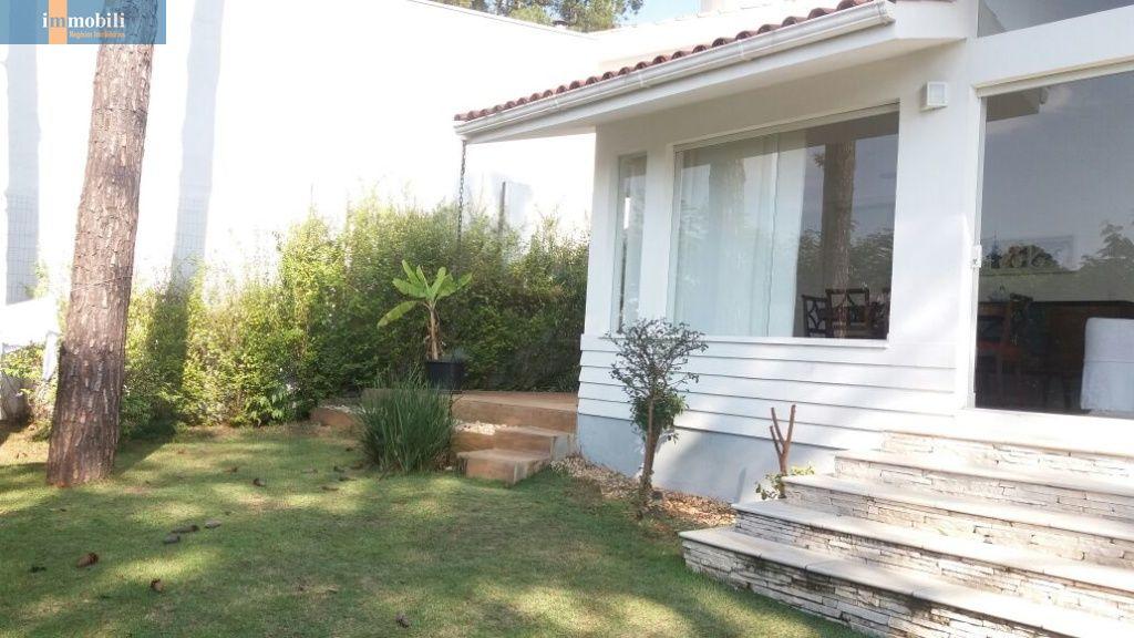 Casa Em Condomínio para Venda - Jardim Amanda