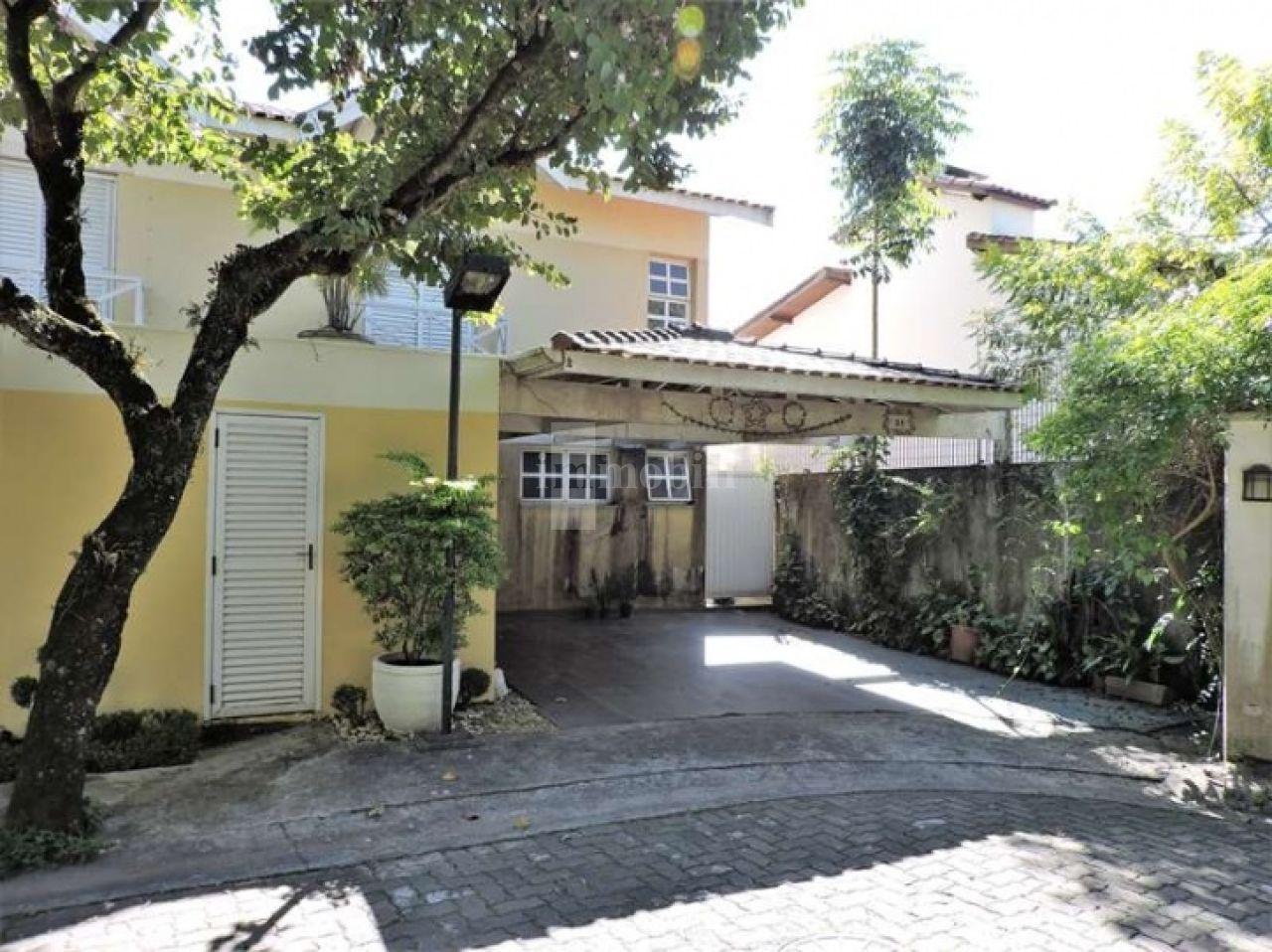 Casa Em Condomínio para Venda - Villagio Da Granja