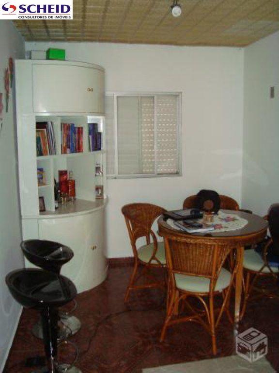 Apartamento de 2 dormitórios em Parque Das Árvores, São Paulo - SP