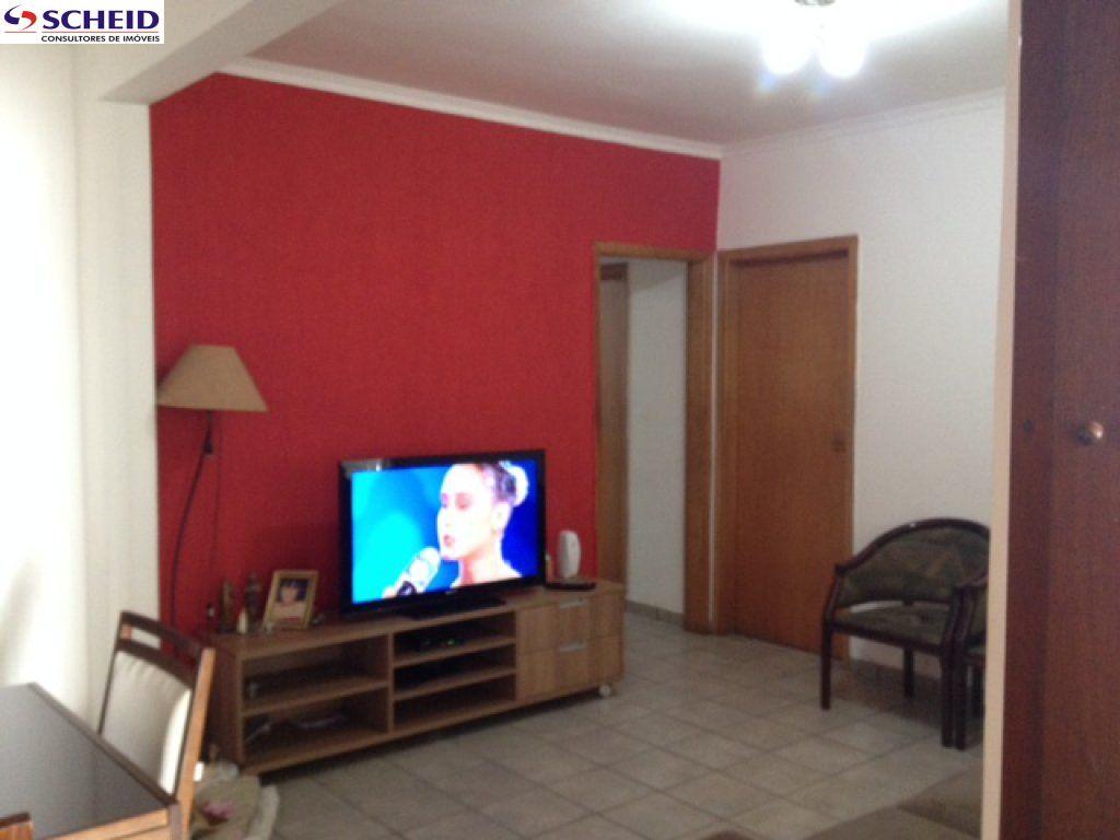 Casa de 3 dormitórios em Cidade Dutra, São Paulo - SP