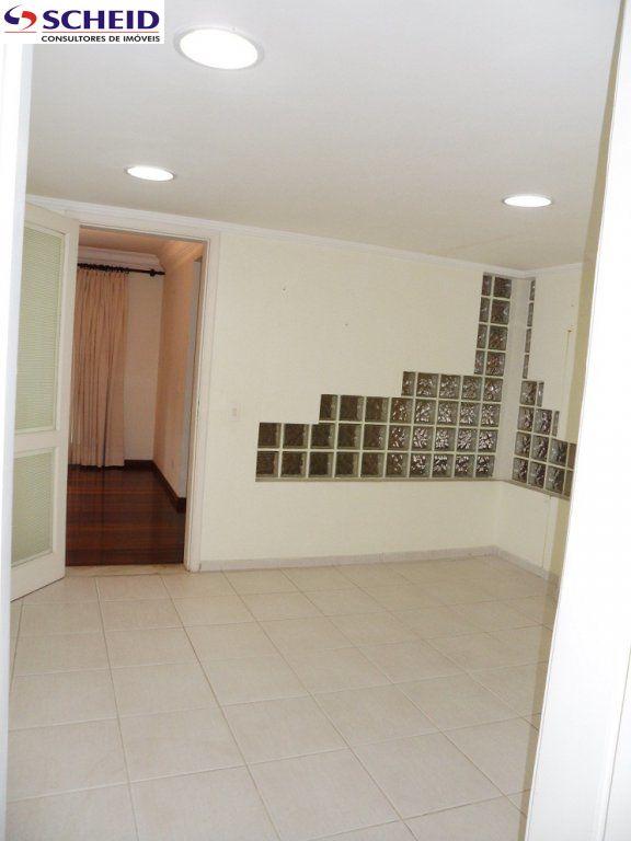Casa de 4 dormitórios à venda em Vila Santo Antônio, Cotia - SP