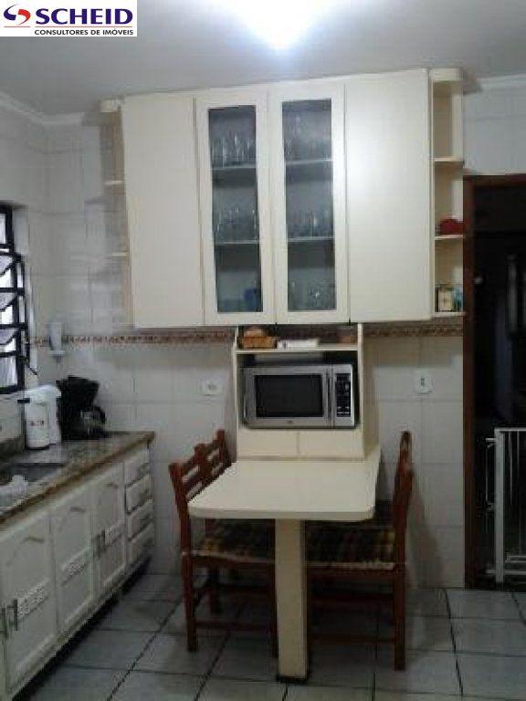 Casa de 4 dormitórios em Vila Anhangüera, São Paulo - SP