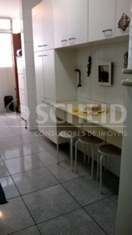 Apartamento de 3 dormitórios à venda em Vila Sofia, São Paulo - SP