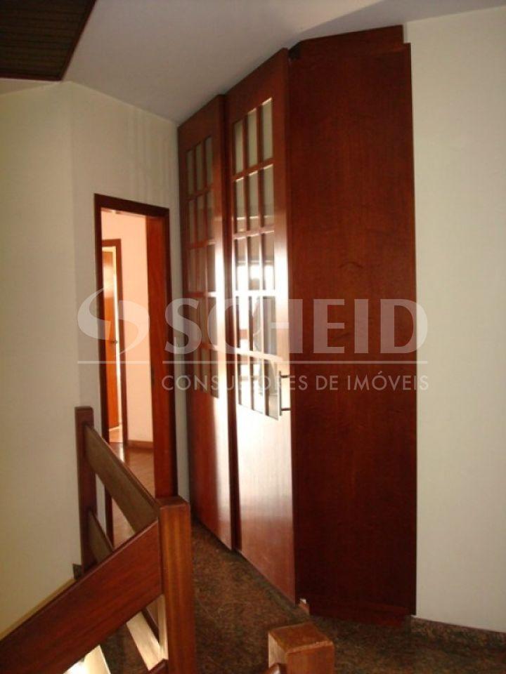 Casa de 5 dormitórios à venda em Vila Marari, São Paulo - SP
