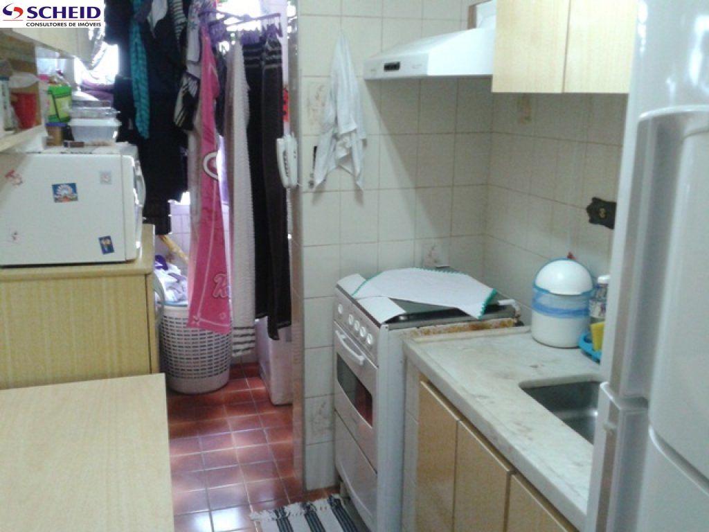 Prédio Inteiro de 2 dormitórios à venda em Jardim Marajoara, São Paulo - SP