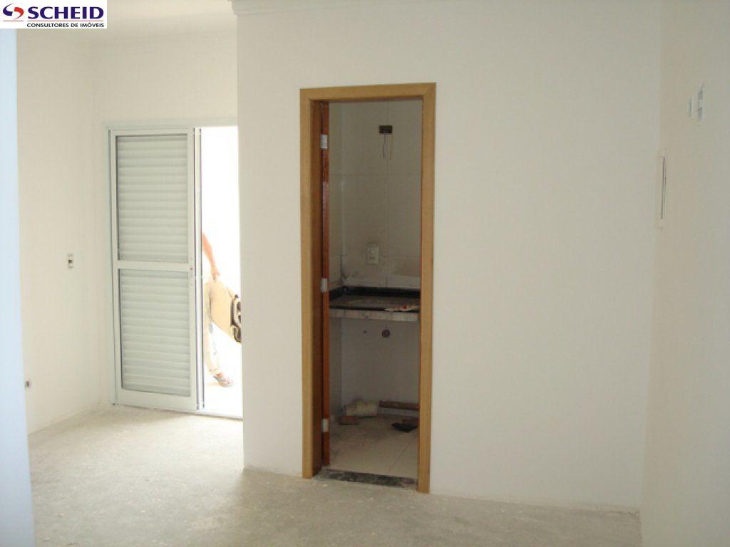 Casa de 3 dormitórios à venda em Vila Isa, São Paulo - SP