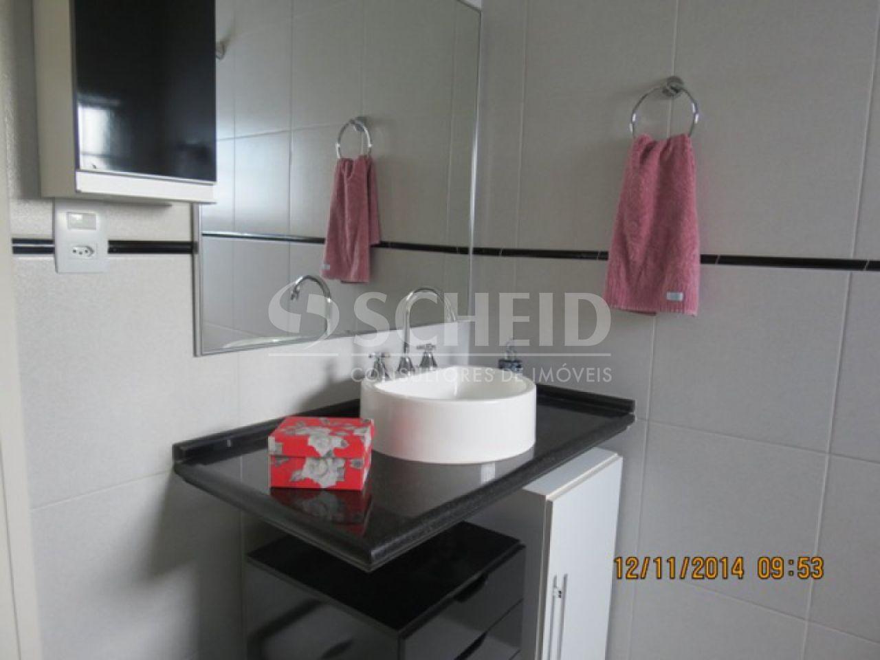 Casa de 4 dormitórios à venda em Vila Marari, São Paulo - SP