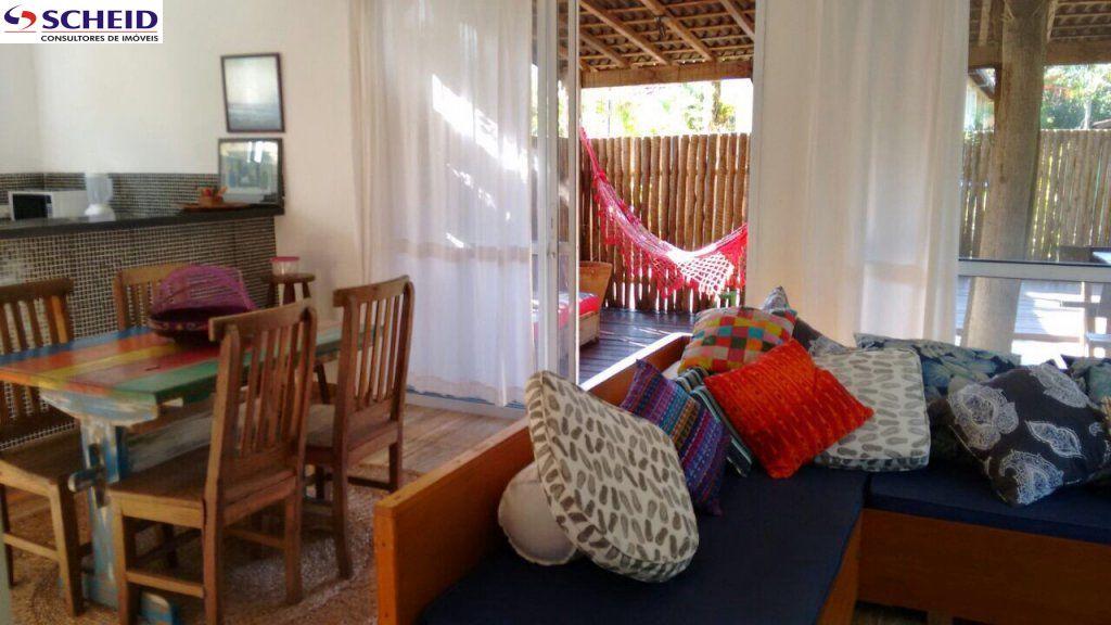 Casa de 2 dormitórios em Centro, Camburi