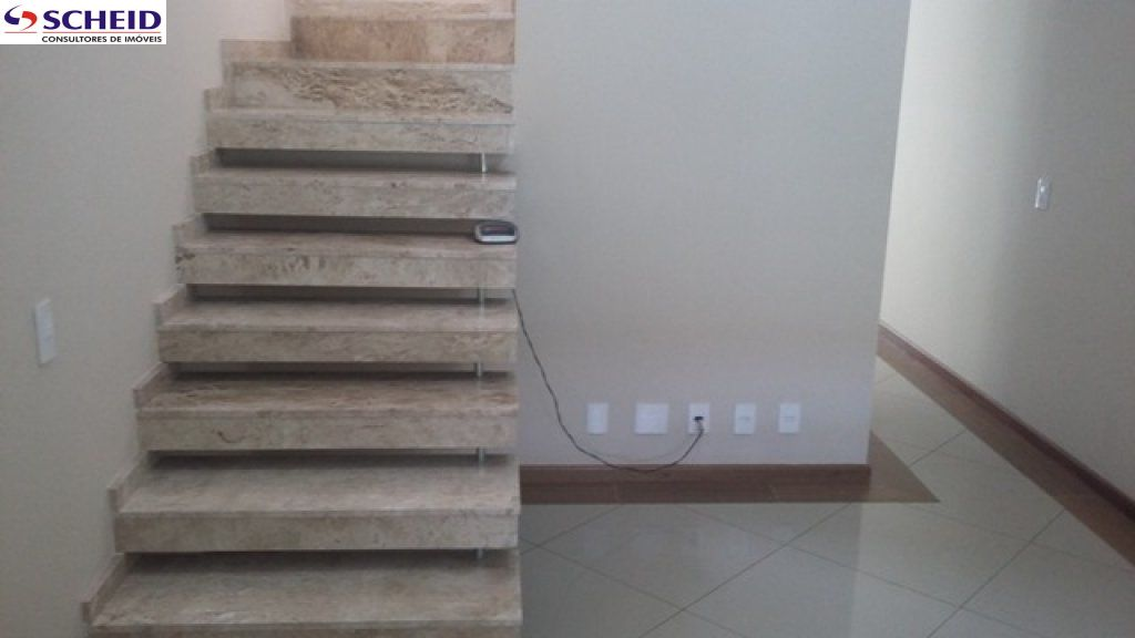 Casa de 3 dormitórios à venda em Cupecê, São Paulo - SP