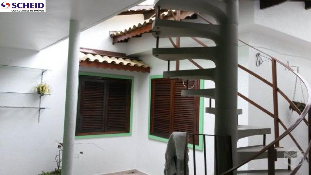 Casa de 3 dormitórios à venda em Jardim Sabará, São Paulo - SP