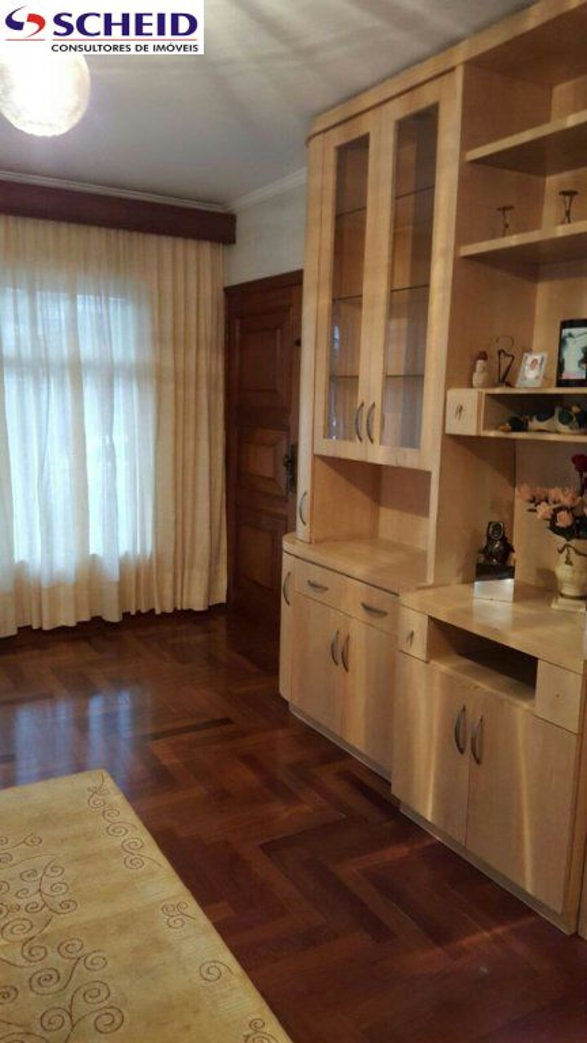 Casa de 4 dormitórios em Jardim Guarapiranga, São Paulo - SP