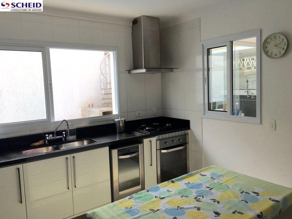 Casa de 4 dormitórios em Campo Grande, São Paulo - SP