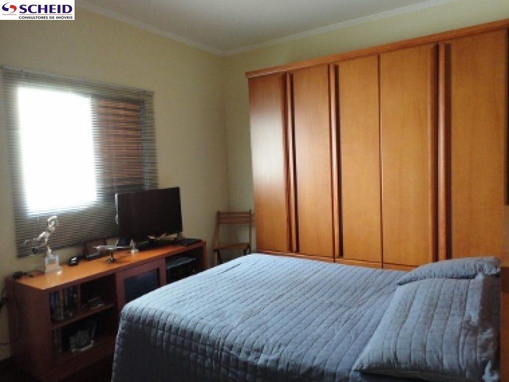 Casa de 3 dormitórios em Jardim Leocádia, Sorocaba - SP