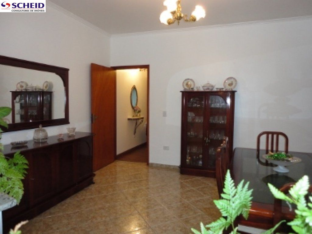 Casa de 3 dormitórios à venda em Jardim Leocádia, Sorocaba - SP