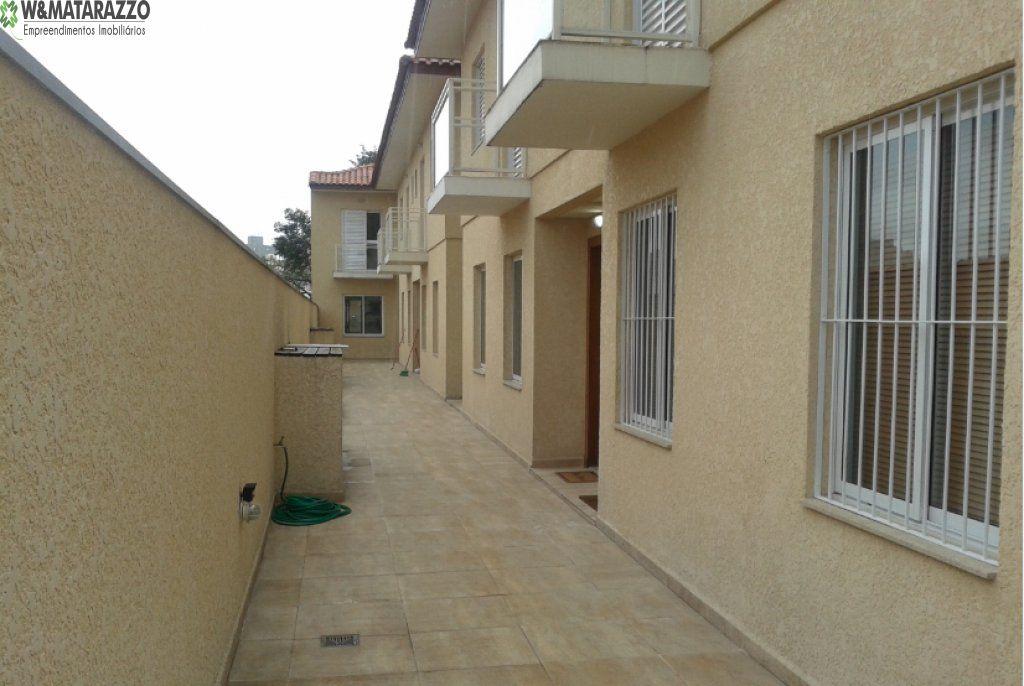 Casa de Condomínio Vila Campestre 3 dormitorios 3 banheiros 2 vagas na garagem