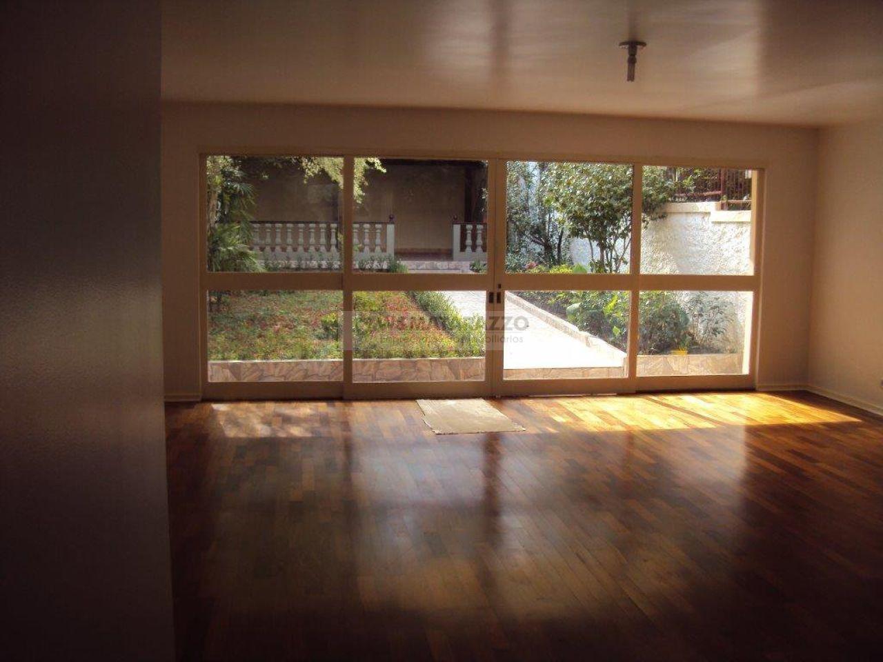 Casa Chácara Monte Alegre 4 dormitorios 3 banheiros 4 vagas na garagem