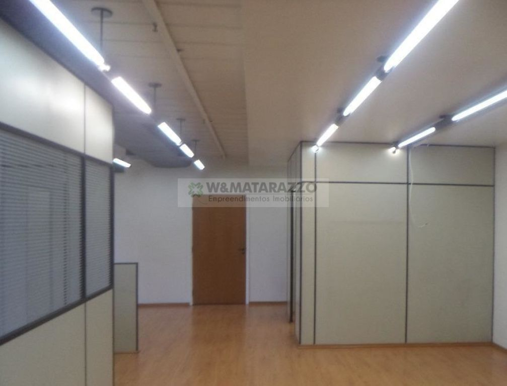Conjunto Comercial/sala BROOKLIN 0 dormitorios 2 banheiros 2 vagas na garagem